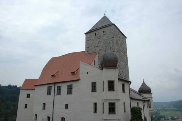 Ansicht-Burg-Prunn