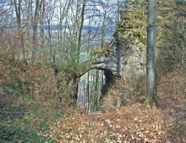 Burgenweg-Torbogen-Kinding