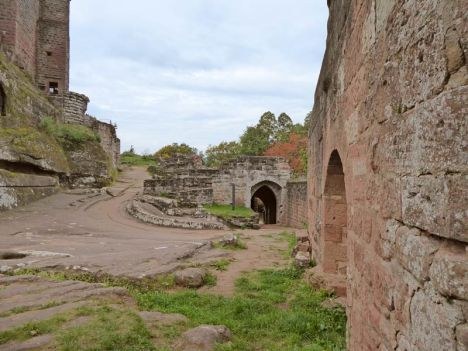 Ruine Chateau Fleckenstein Elsass