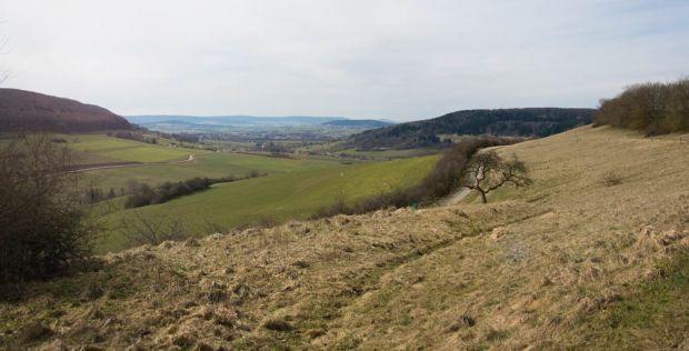 Oberhochstatt Vogellehrpfad - Ausblick auf Weißenburg
