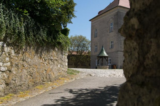 Burg Harburg Burghof